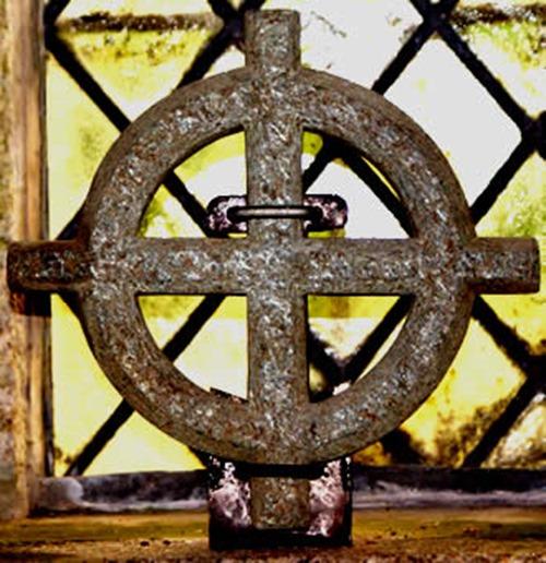 cornish_stone_cross_st_breward_church